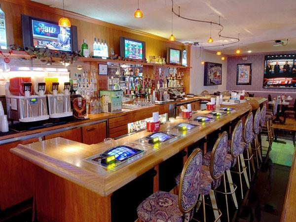 Food & Drink at Mardi Gras Hotel & Casino